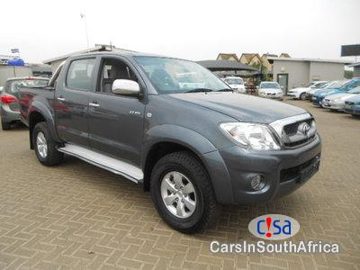 Picture of Toyota Hilux 2.7 Manual 2011
