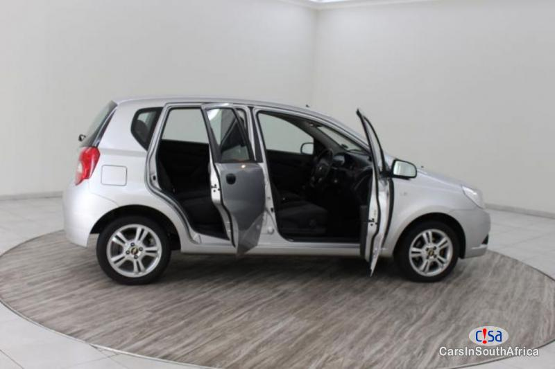 Pictures of Chevrolet Aveo Manual 2015