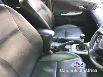 Toyota Corolla 1.8 Manual 2010 - image 7