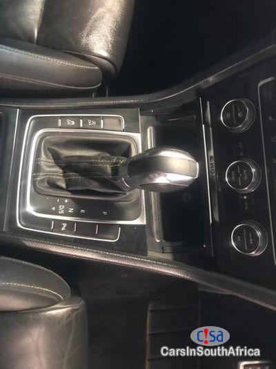 Volkswagen Golf Automatic 2016 - image 9