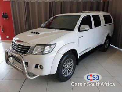 Pictures of Toyota Hilux 3.0D4-D LEGEND 45 4×4 AUTO DOUBLE CAB BAKKIE Automatic 2016