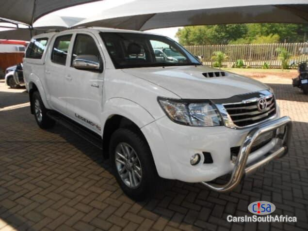 Pictures of Toyota Hilux Manual 2014
