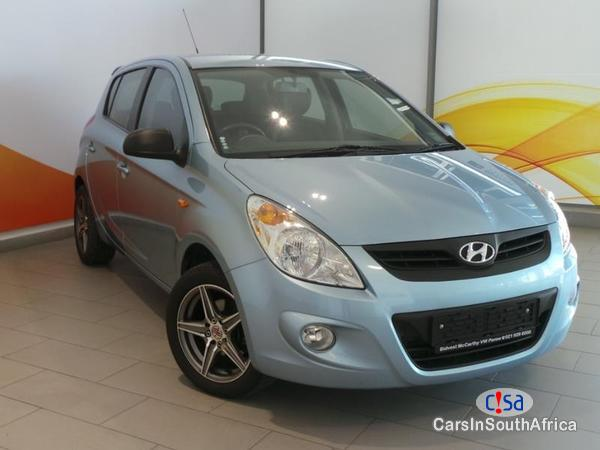 Pictures of Hyundai i20 Manual 2011