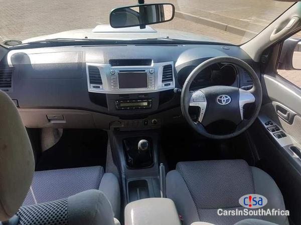 Toyota Hilux Manual 2014 in Limpopo - image