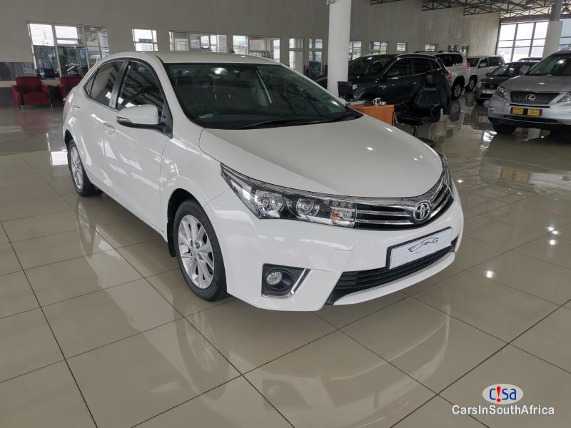 Pictures of Toyota Corolla 1.8 Manual 2017