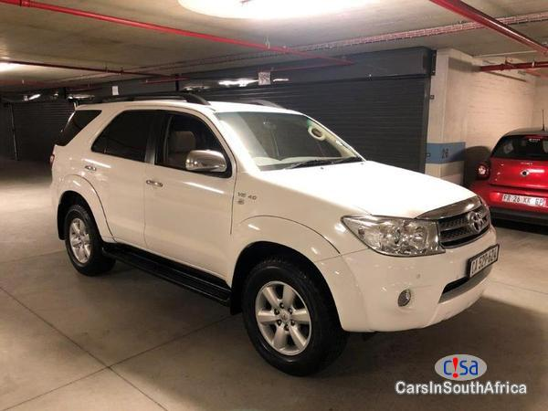 Picture of Toyota Fortuner Manual 2012
