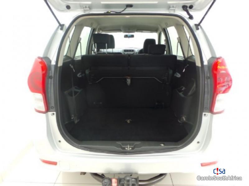 Toyota Avanza 1.3 Manual 2015 in South Africa