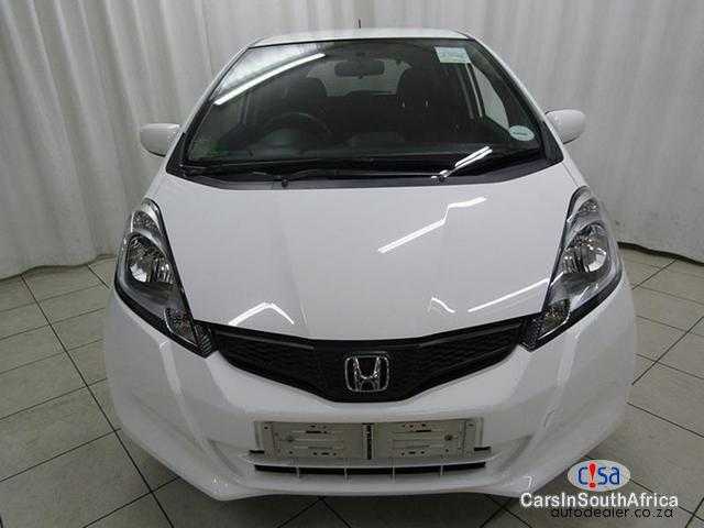 Picture of Honda Jazz Manual 2014