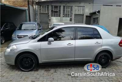 Pictures of Nissan Tiida 1.6 Manual 2008