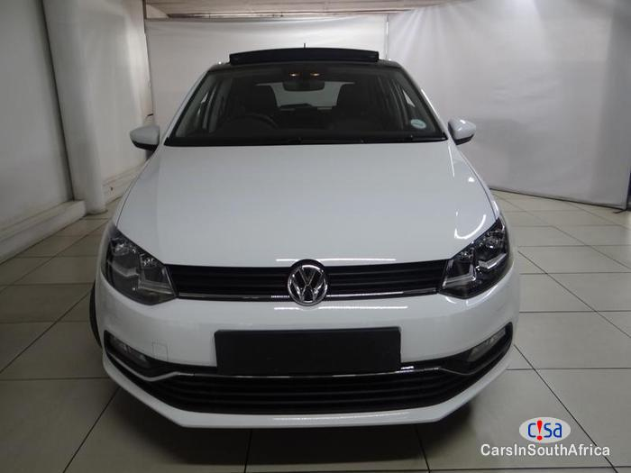Pictures of Volkswagen Polo Automatic 2016