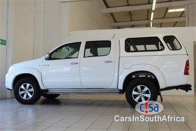 Pictures of Toyota Hilux 3.0 Manual 2013