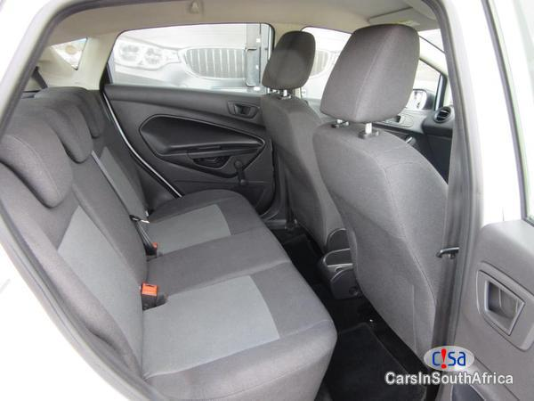 Ford Fiesta Manual 2015 in Free State - image