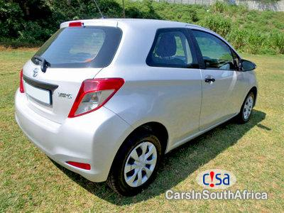 Toyota Yaris 1.0 Manual 2013