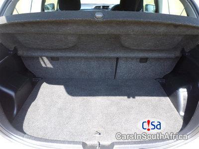 Toyota Yaris 1.0 Manual 2013 - image 7