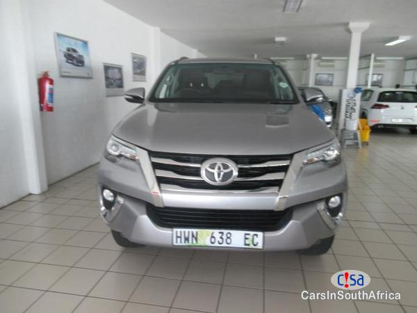 Toyota Fortuner Automatic 2016 - image 2