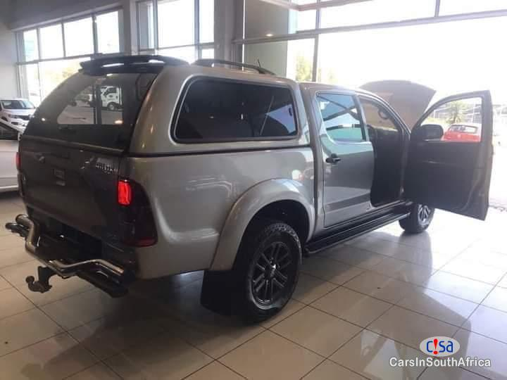 Toyota Hilux 3.0 Manual 2015 in South Africa