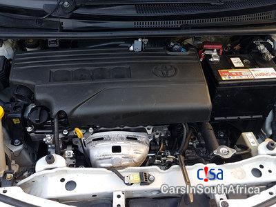 Toyota Yaris 1.3 Manual 2014 - image 5