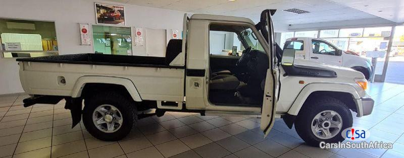 Toyota Land Cruiser 70 Manual 2016 in South Africa
