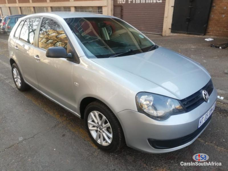 Pictures of Volkswagen Polo 1.6 Manual 2011