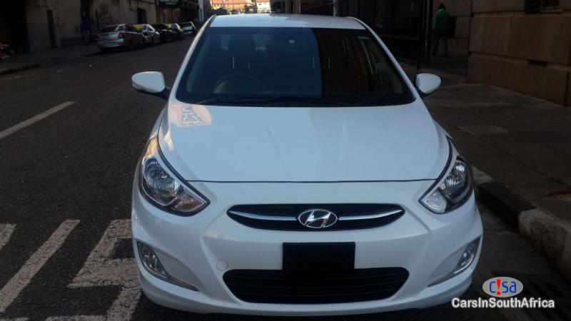 Pictures of Hyundai Accent 1.6 Glide Auto Automatic 2017