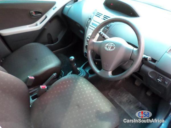 Toyota Yaris Manual 2013