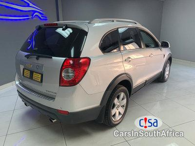 Pictures of Chevrolet Captiva 2.4 Manual 2011