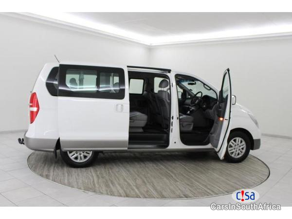 Picture of Hyundai H-1 Automatic 2017