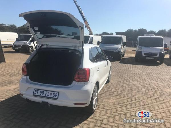 Volkswagen Polo Automatic 2015 in North West - image