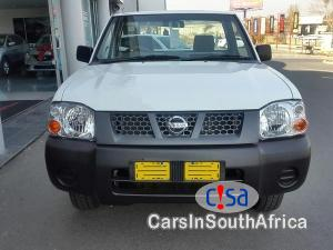 Nissan NP300 2.0 Manual 2017 in South Africa