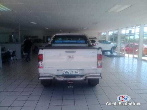 Toyota Hilux Manual 2012 in South Africa