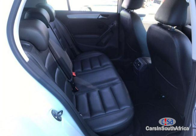 Picture of Volkswagen Golf 2.L TDi Automatic 2014 in South Africa