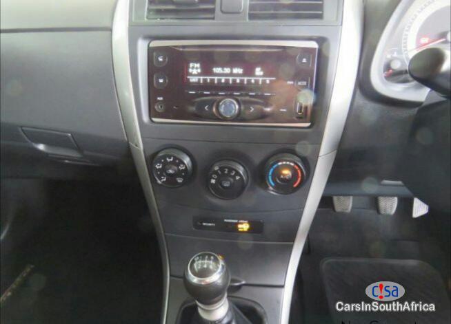 Toyota Corolla Manual 2016 - image 5