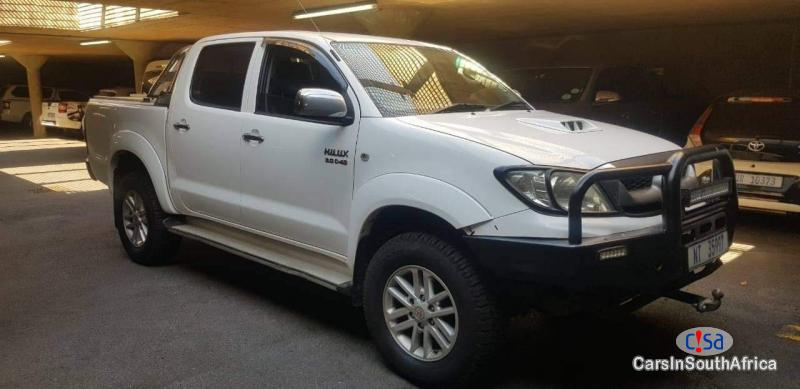 Picture of Toyota Hilux 3.0d4d Manual 2014