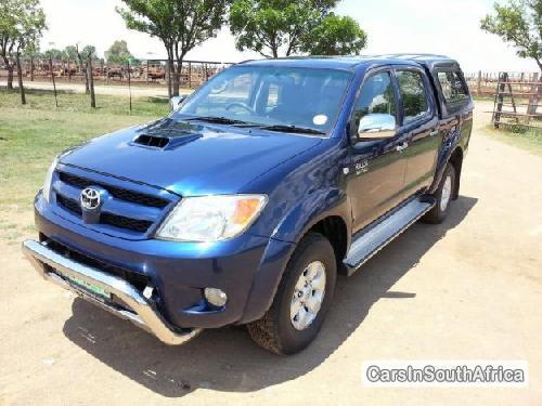 Picture of Toyota Hilux 2005