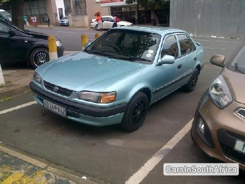 Pictures of Toyota Corolla 1998