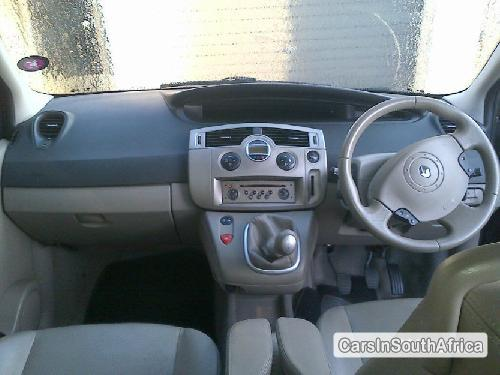 Pictures of Renault Grand Scenic 2005