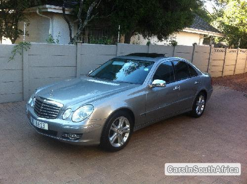 Pictures of Mercedes Benz E-Class 2007