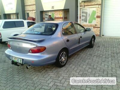 Picture of Hyundai Elantra 1999