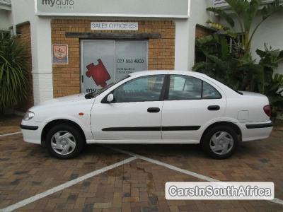 Pictures of Nissan Almera 2001