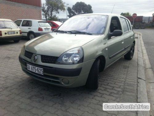 Pictures of Renault Clio Manual 2003