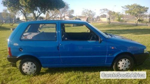 Pictures of Fiat Uno Manual 2000