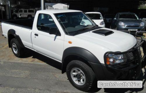 Pictures of Nissan NP300 Manual 2013