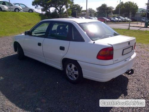 Pictures of Opel Astra Automatic 1997