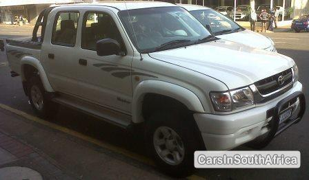 Picture of Toyota Hilux Manual 2004