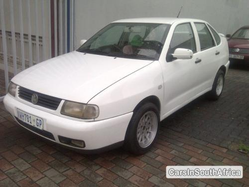 Picture of Volkswagen Polo Manual 2002