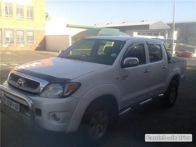 Picture of Toyota Hilux Manual 2010