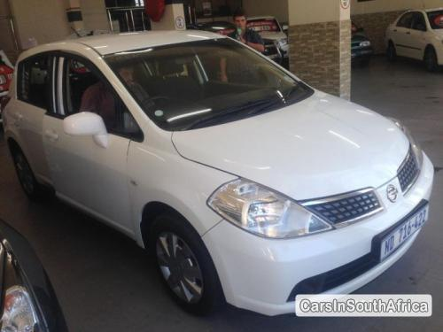 Nissan Tiida Manual 2012