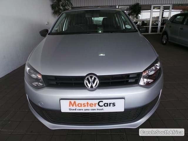 Volkswagen Polo Manual 2013 - image 3