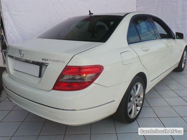 Mercedes Benz C-Class Manual 2009 in KwaZulu Natal