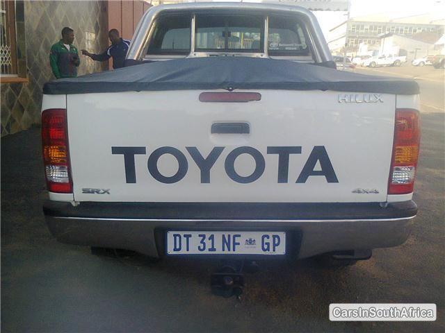 Toyota Hilux Manual 2010 in South Africa